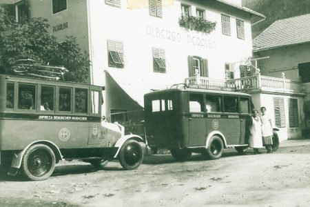 Frau Ottilia und Dora Haidacher 1935